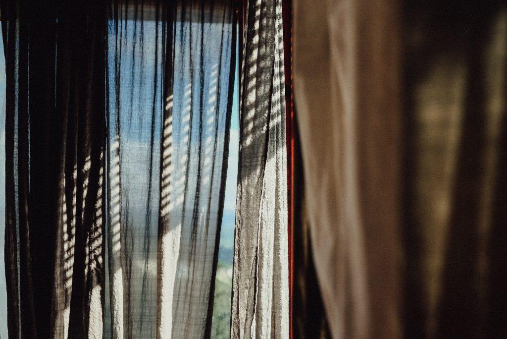 Optimaal wonen met raamdecoratie op maat