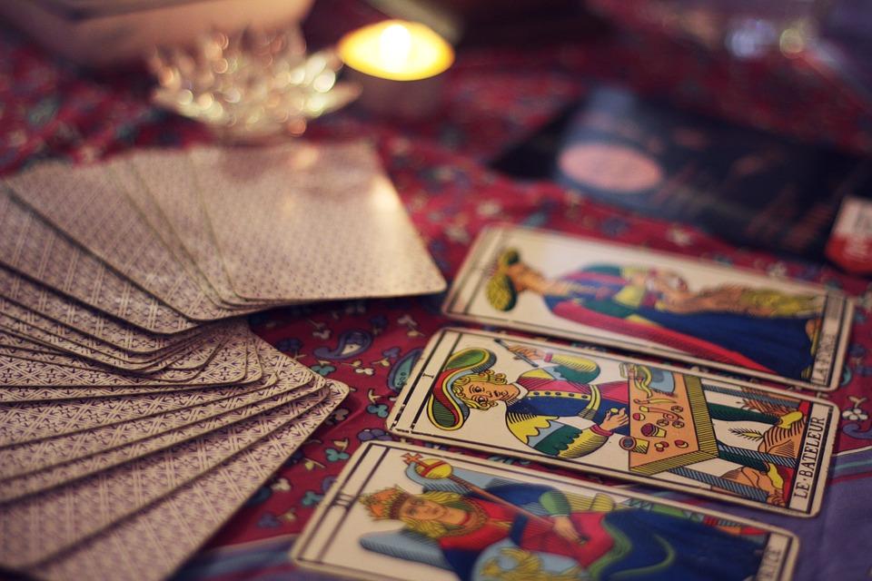Hoe lees je tarotkaarten?