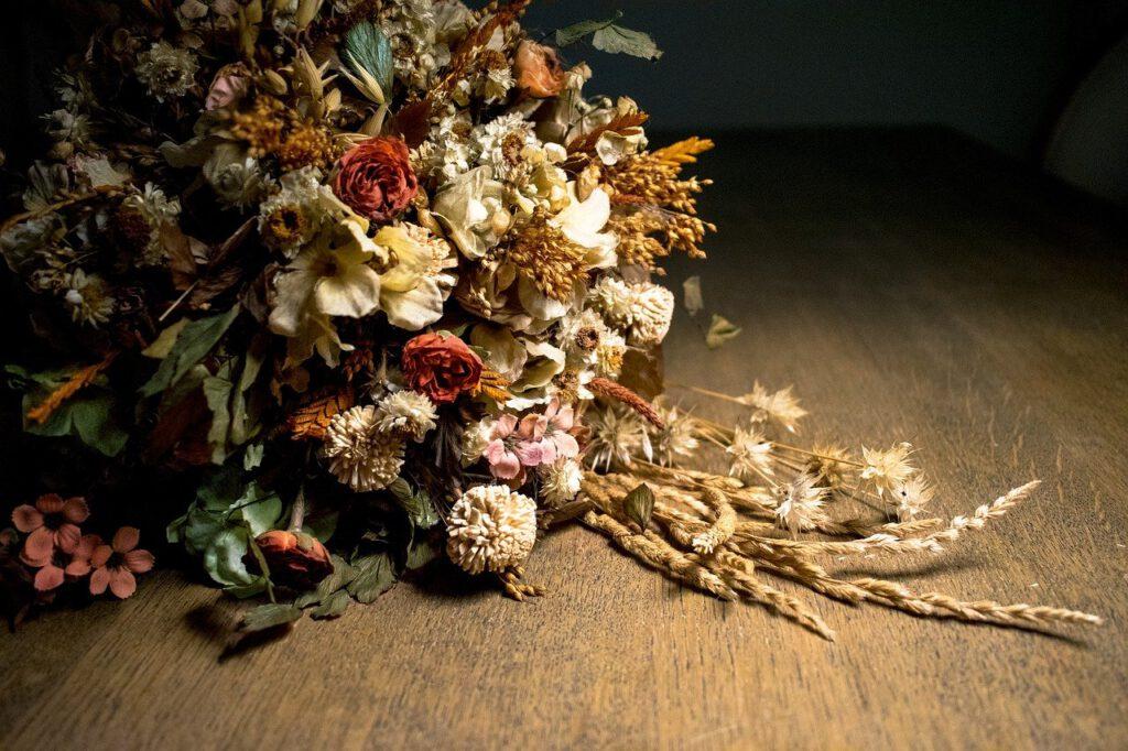 De voordelen van gedroogde bloemen